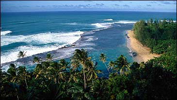 Hawaiian punchdrunk love: Kauai's Kee Beach from the Kalalau Trail