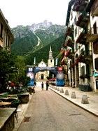 Chamonix France Ultra Trail du Mont Blanc ultrarunning foot race