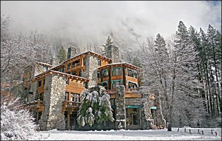 DNC Parks and Resorts at Yosemite