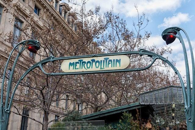 Paris does Thanksgiving surpris