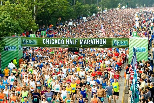 Start of the 2011 Chicago Half Marathon