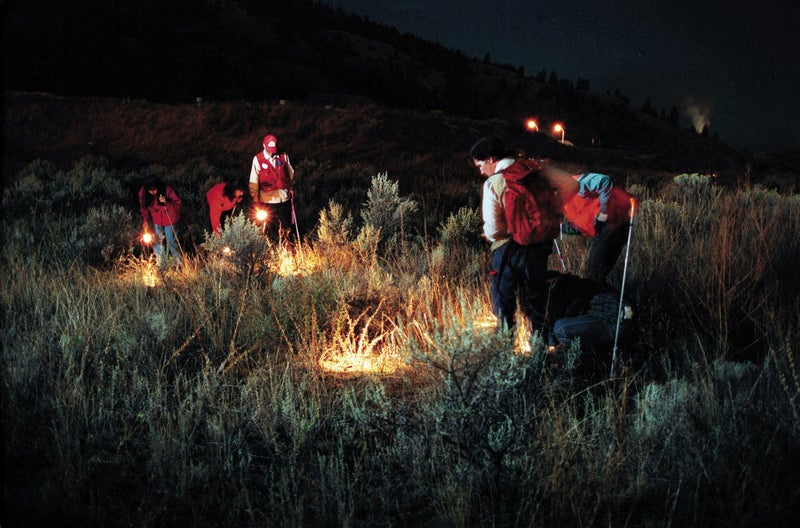 HUNTING PACIFIC MAGAZINE SEARCH OPERATIONS masters of disaster alpine rescue mountain rescue emergency medicine wilderness medicine emergency services backcountry outdoors outside magazine outside online outside classics search and rescue search-and-rescue