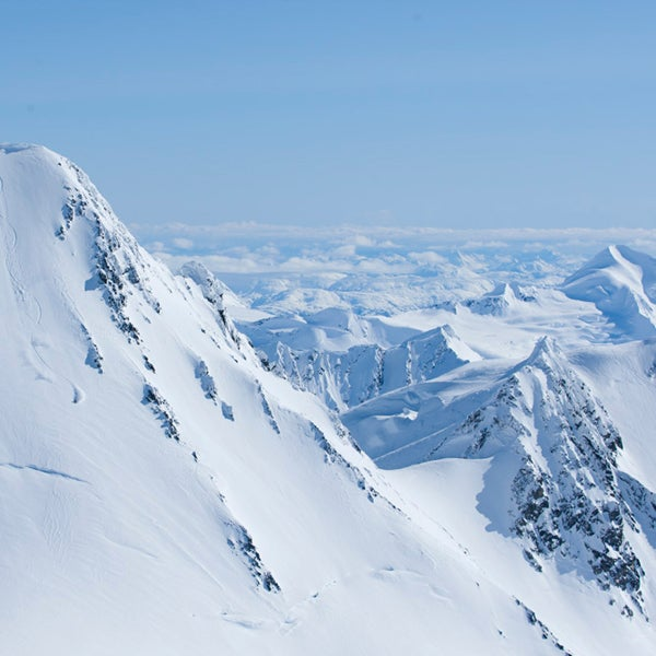 alaska, chugach powder guides, skiing, alyeska resort, chugach range, gulf of alaska, powder, adventure bucket list