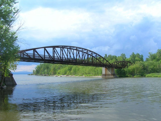 Burlington's Winooski River bik