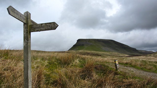 pennine way hiking britain england