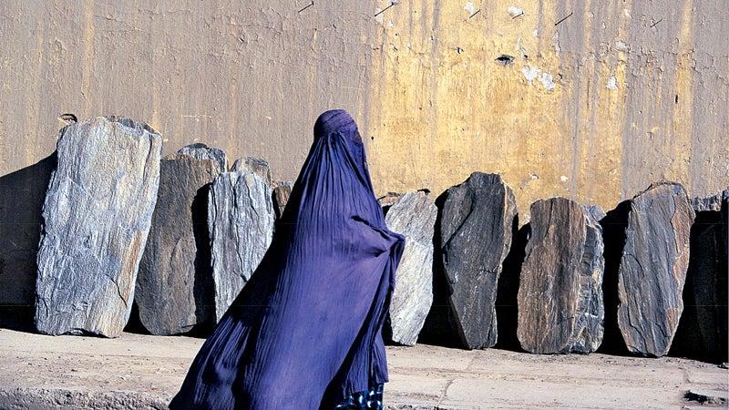 Outside magazine May 2014 Pashtun woman gravestones landays poetry Afghanistan Kabul
