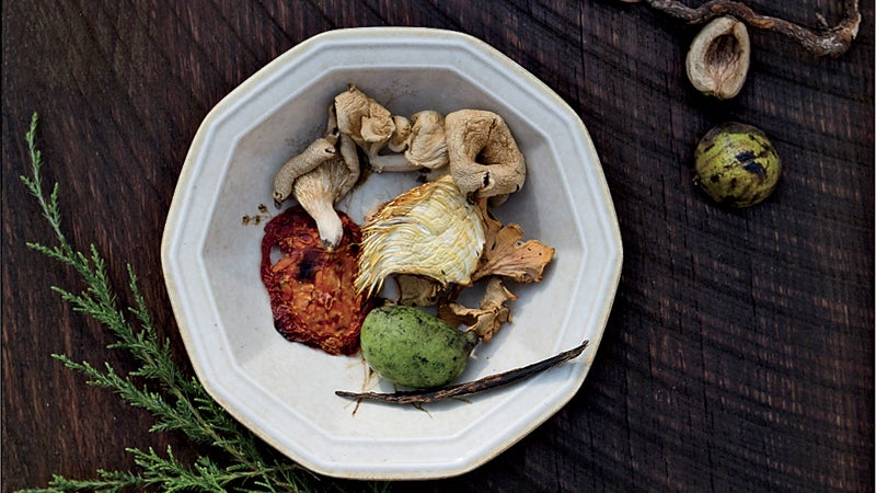 Ingredients used in the ultra-l cedar branches sassafras and many types of mushrooms.