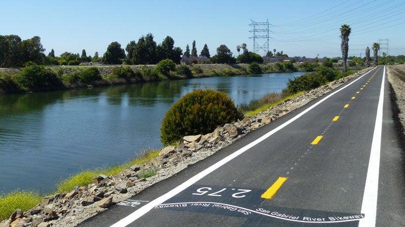 San Gabriel River bike trail 2.75 long beach california