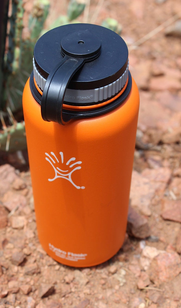 Hannah Weinberger outdoors outside magazine outside online water bottle sports bottle stainless steel water bottle test water bottle review stainless-steel Hydro Flask Insulated Bottle 32oz. 32-ounce double-walled vacuum-insulated Wide Mouth Straw Lid Hydro Flip Lid