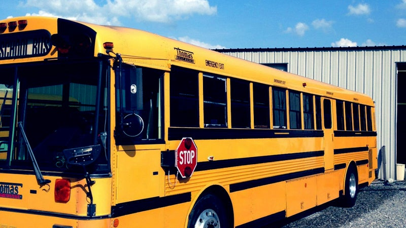 Let's Be Nomads announced on June 2 that they had found their dream bus: this Thomas school bus in Tennessee.