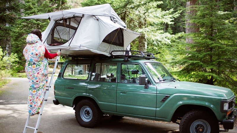 tent poler rooftop tent gear outside