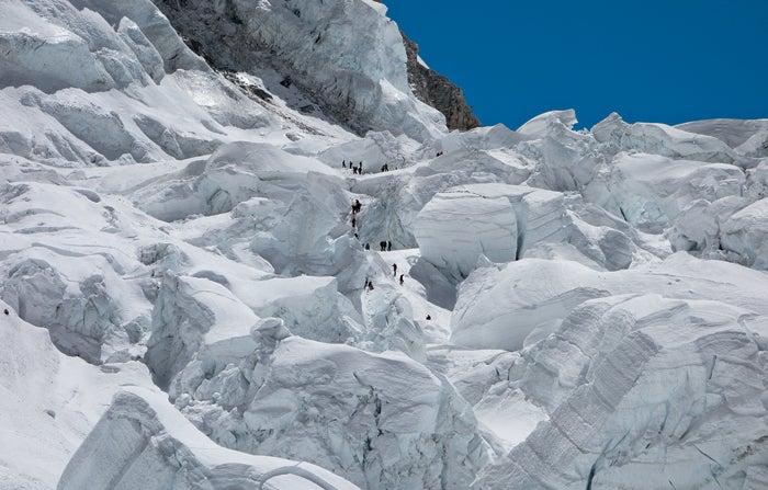 EJL Everest Rescue 2014 NBC Everest Nepal, black year, grayson schaffer, sherpas, avalanche, mount everest, nepal, tragedy, mountaineering, rescue, khumbu icefall, triple ladder