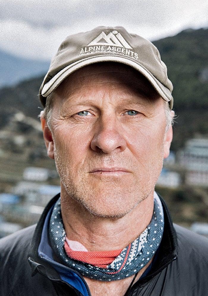 black year, grayson schaffer, sherpas, avalanche, mount everest, nepal, tragedy, mountaineering, todd burleson, alpine ascents