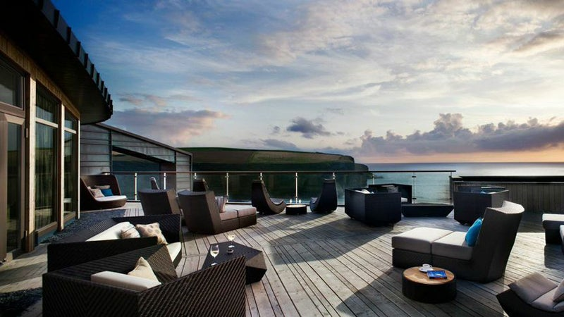 Red Hotels ecolodge England Scarlet Hotel seaside crag southwest England Magwan Porth ocean view pod relaxation room Tom Hunter chef luxury hotel British surfing britain