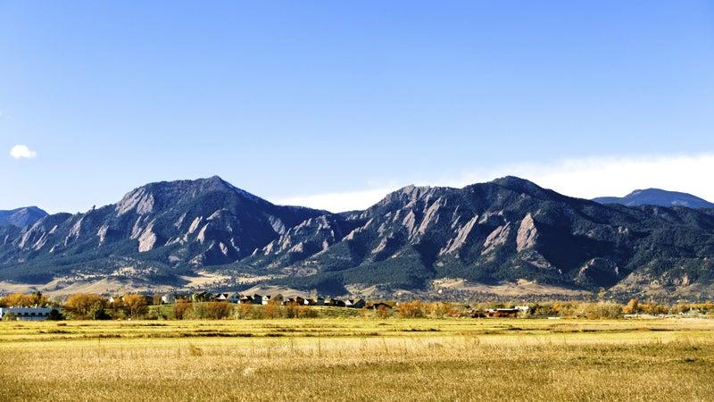 OutsideOnline Flatiron mountains Boulder Colorado best towns high-altitude running