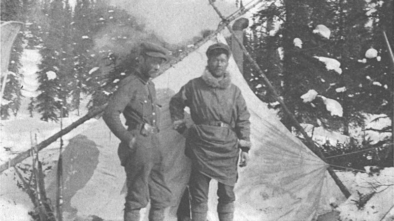 Harry Karstens and Hudson Stuck reached the true summit in 1913 via the Muldow Glacier route on Denali's east side.