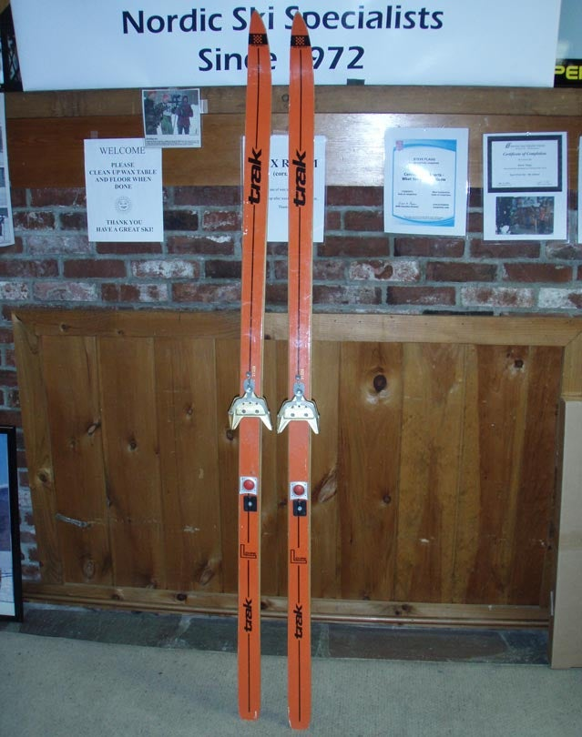 Early alpine skis