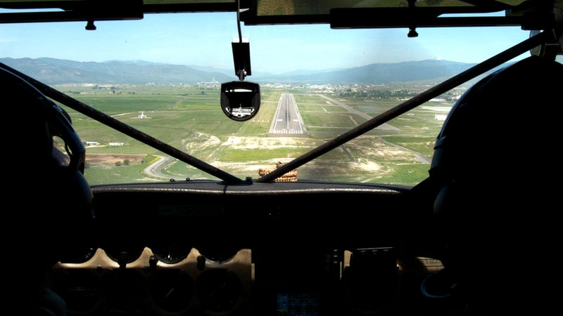 aerial airport cockpit flying KMSO Missoula Montana