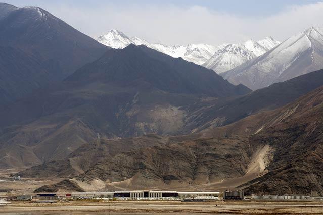 Lhasa Train