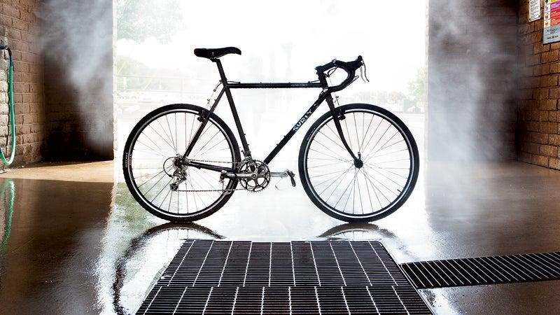 bianchi volpe Bicycle Bike Location outside magazine