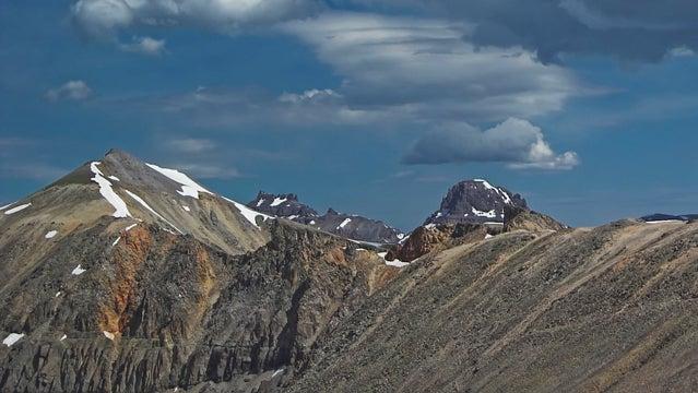 Imogene Pass Run Colorado trail running runners running marathon