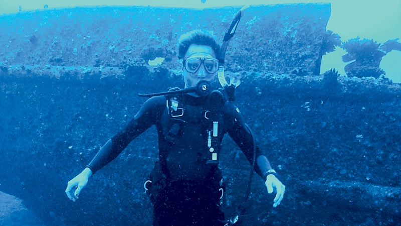 frogman oahu hawaii outside outside magazine outside online that which does not kill you open water diver padi certification