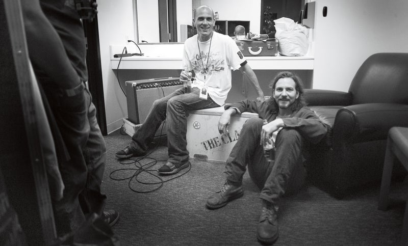Slater and Vedder backstage at at Pearl Jam concert in San Diego. Click to enlarge.