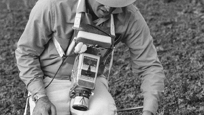 OutsideOnline Apollo mission moon Pacific International Space Cen Executive Director Rob Kelso vi Big Island Hawaii lunar landscape train training photos surface unpublished released astronauts 1970 Apollo 13 Commander James A. Lovell