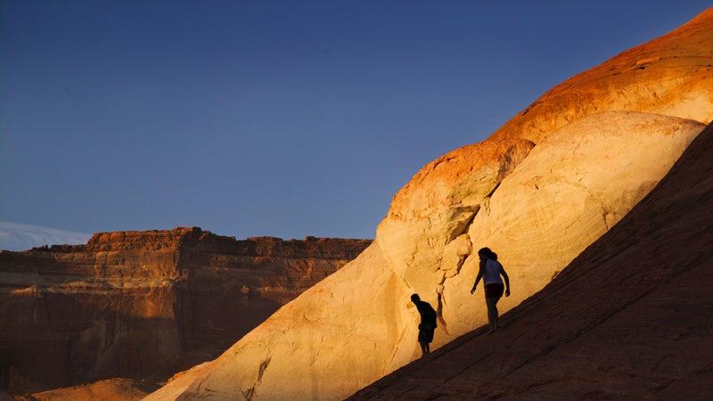 OutsideOnline Las Vegas outdoorsy Red Rock Canyon hike climb rock canyon State Park