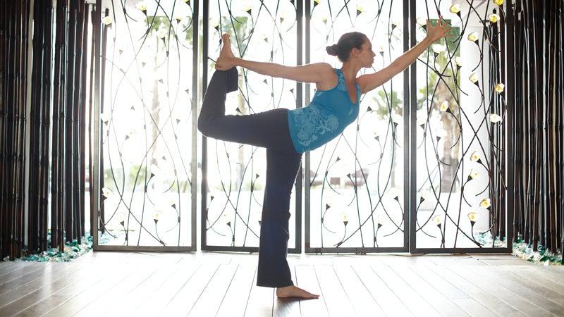OutsideOnline Canyon Ranch Health Resort yoga America's best fitness stay instructor world-class trainers training program studio Tuscon Arizona retreat wellness spa trainee woman